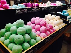 My favorite LUSH Bath Bombs